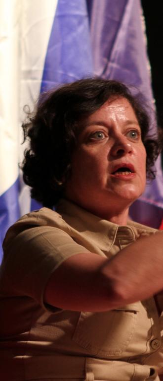 Convoqué par Elisabeth Lévy, Étienne Chouard «demande pardon»